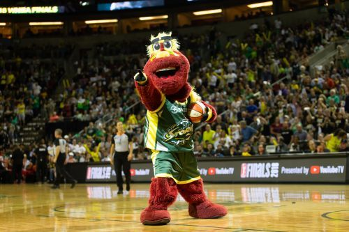 Seattle Storm and Alaska: Going the extra mile at the free-throw line