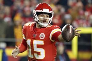 Chiefs' Mahomes picked by AP writers as top QB in 2018