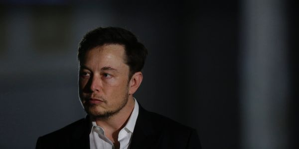 A British caver who helped in the Thai cave rescue said Elon Musk 'can stick his submarine where it hurts'