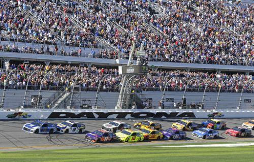 NASCAR fans stand for national anthem, says president