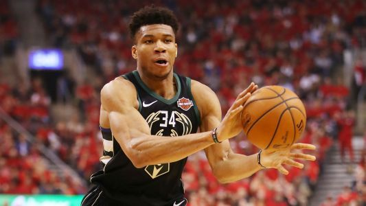 Postseason failure could affect Giannis Antetokounmpo's commitment to Bucks, report says