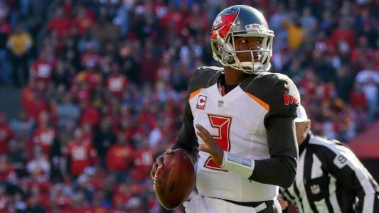 NFL reportedly discusses Jameis Winston with Buccaneers security director