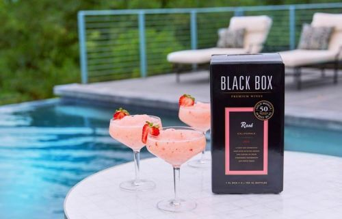 Cocktails to Sip this Spring
