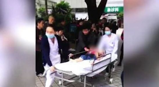 Woman wielding kitchen knife stabs at least 14 kindergartners in China