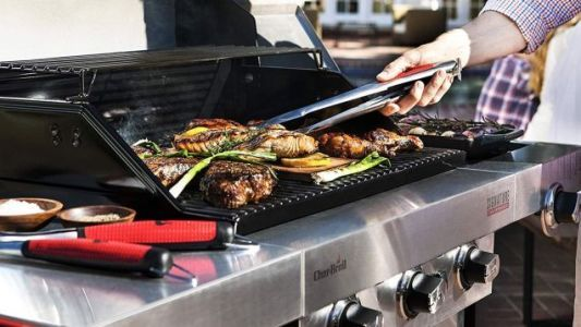 Save $50 On Char-Broil's Infrared Gas Grill, Just In Time For a Late Summer Cookout