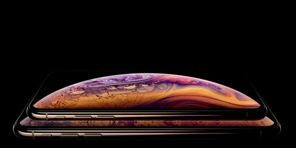 Apple does not seem to mind using leaked photos of the iPhone XS in its official marketing