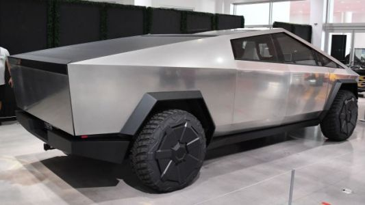 So Who'll Be First To Mass Produce An Electric Truck?