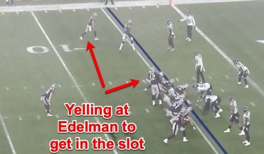 Tom Brady deftly changed a formation on the fly to set up the Patriots' first touchdown of the playoffs