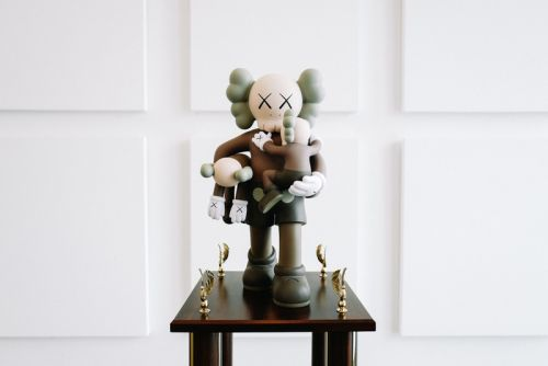 KAWS, Kenny Scharf and More Design One-Off Trophies for Love Ball III Gala