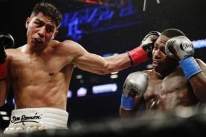 Adrien Broner, Jessie Vargas fight to 12-round majority draw