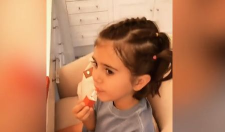 Penelope Disick Puts on Aunt Kim Kardashian's Makeup Like a Pro: 'I Don't Need a Mirror'