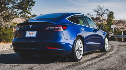 Tesla Making 500 Model 3s Per Day Now, Elon Musk Says