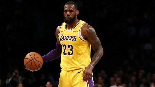 LeBron James on Lakers' playoff push: 'I know I'm ready for the challenge'