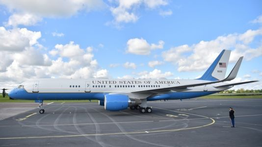 Trump Designs On Revamped Air Force One May Not Take Off
