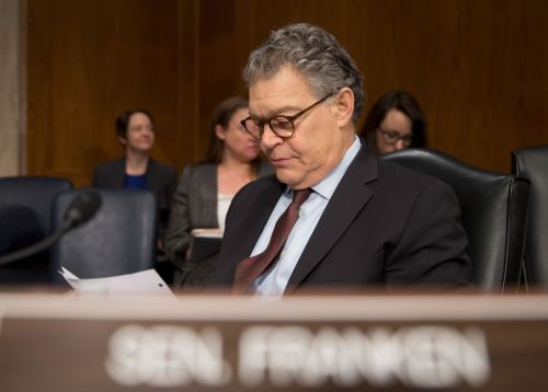 Sen. Al Franken announces he will retire at end of the year