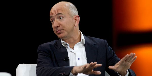 Amazon could shake the banking industry to its core - but one expert knows how Wall Street can fight back