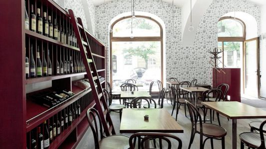 'Autentisté!' The Wine Revolution Brewing in Europe's Beer Capital