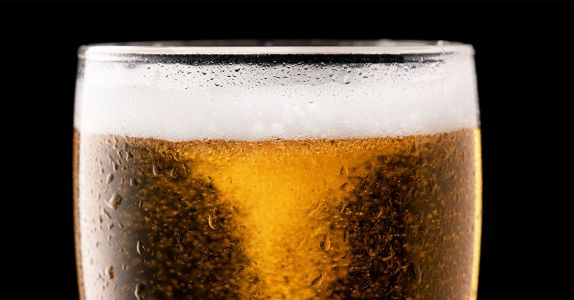 Ask Adam: Is it Bad When Bubbles Stick to the Inside of My Beer Glass?