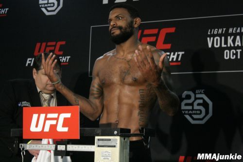 Michael Johnson misses weight, but UFC Moncton fight vs. Artem Lobov still on
