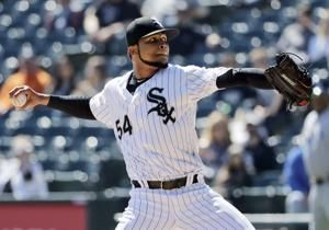 RHP Ervin Santana agrees to minor league contract with Mets