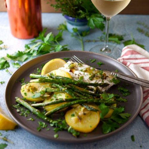 Baked Cod with Asparagus and Potato