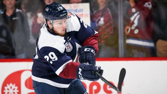 Nathan MacKinnon, Avalanche stay red hot, defeat Rangers for ninth straight win
