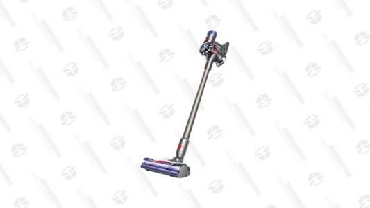 Speed up Your Weekend Vacuuming With $130 off a Dyson V7 Allergy