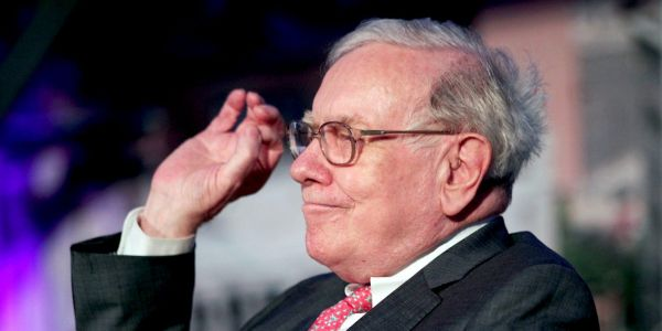 Warren Buffett plows another $337 million into Bank of America, boosting his stake to nearly 12%