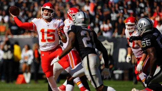 Patrick Mahomes needed only one quarter to torch the Raiders