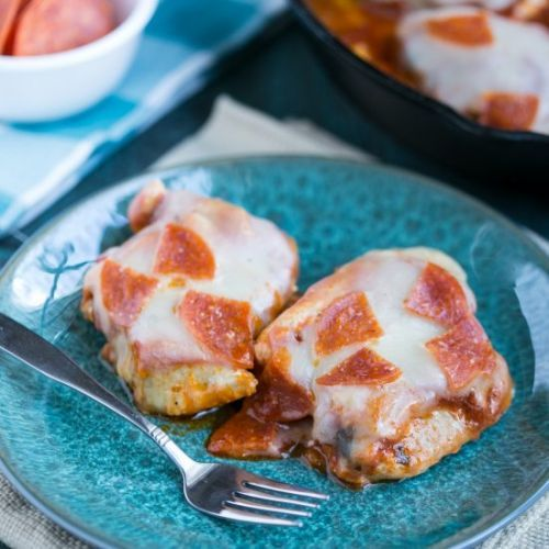 Low Carb Chicken Pizza Skillet