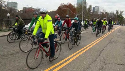 Boston's cycling community honors bicyclist killed in car crash