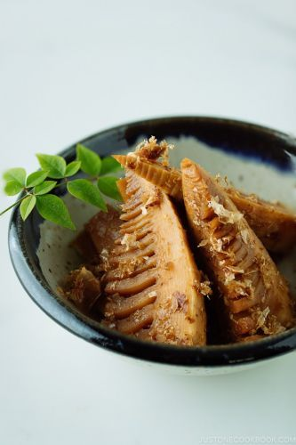 Simmered Bamboo Shoots たけのこの土佐煮