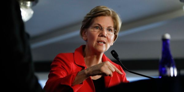 Elizabeth Warren says Trump officials should consider invoking the 25th Amendment to remove the president from office
