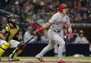 Dietrich's pinch-HR lifts Reds over Padres in 11 innings