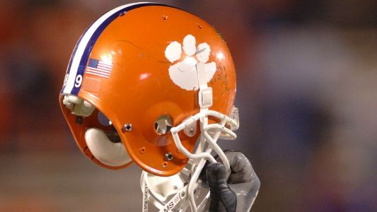 Clemson lands pair of top recruits: QB Trevor Lawrence, DE Xavier Thomas