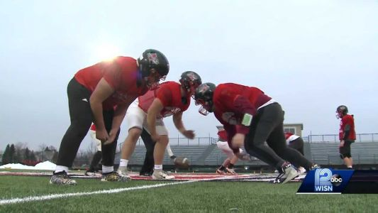 Muskego prepares to defend state football title