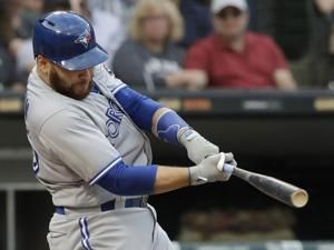 Martin headed back to Dodgers in trade with Blue Jays