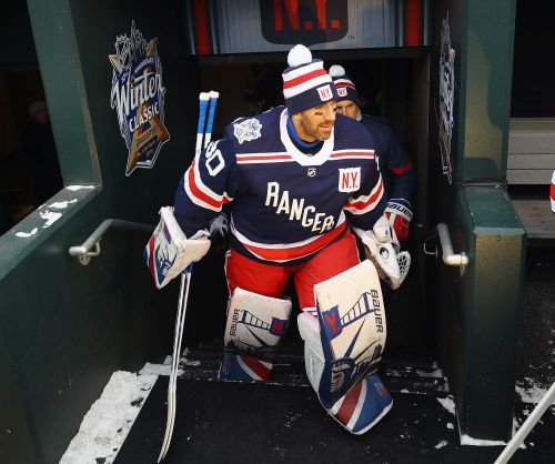 Twitter reacts as Rangers buy out Henrik Lundqvist