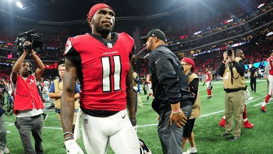Julio Jones to report to Falcons training camp without new deal, report says