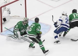 Point scores, Lightning lead Stars 1-0 after 1st in Game 6