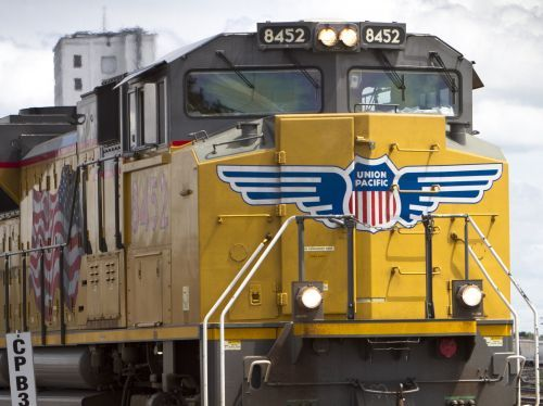 A Union Pacific exec told us why railroads are more high-tech than cars or planes