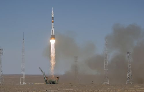 The Latest: US, Russia astronauts making emergency landing