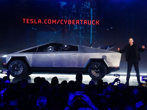 Elon Musk's Cybertruck is getting absolutely roasted on Twitter, and people thinks it looks like something out of a badly rendered video game