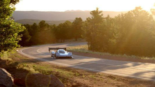 Volkswagen I.D. R Sets Fastest Qualifying Time At Pikes Peak And It May Smash A Record Yet
