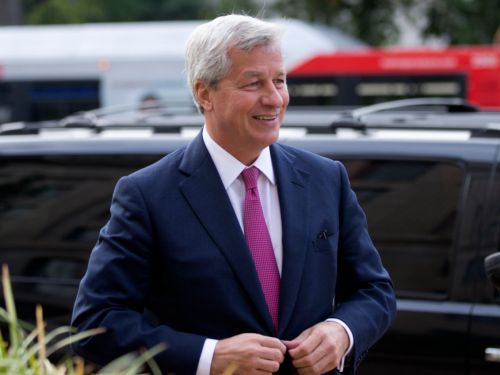 'Firing on all cylinders': The CEO of JPMorgan's giant investment bank lauds performance in memo to staff