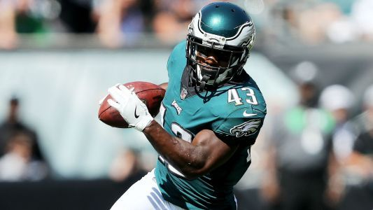 Darren Sproles has torn ACL on top of broken arm, report says