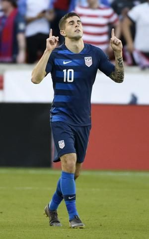 Pulisic scores, leaves with leg injury as US ties Chile 1-1