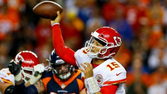 Broncos zero in on missed play-clock call in loss to Chiefs