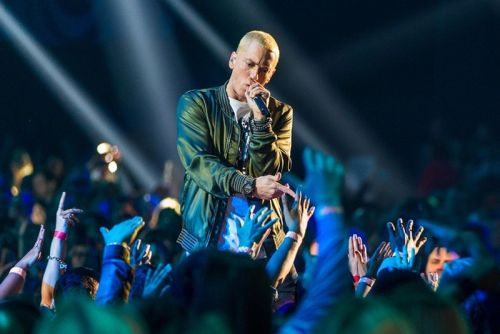 Eminem Reportedly Set to Tour in 2018