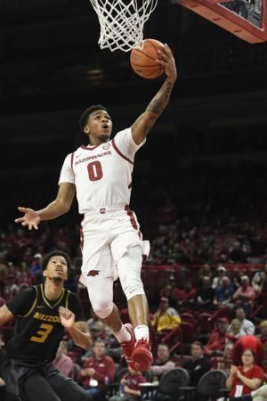 Arkansas ends 4-game skid, rallies past Missouri 72-60